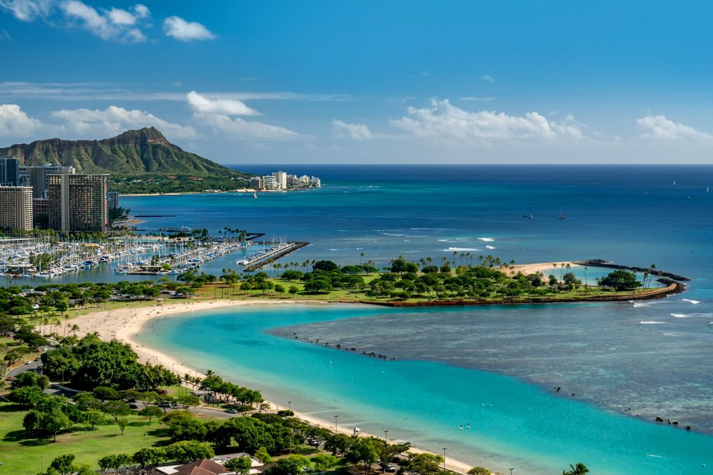"Supporting the ""Honolulu Triathlon 2019"" as a gold sponsor"